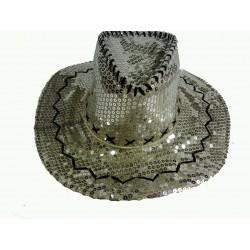 stříbrný kovbojský klobouk