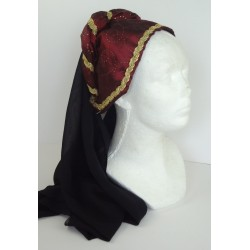 dámská pokrývka hlavy v různých barvách
