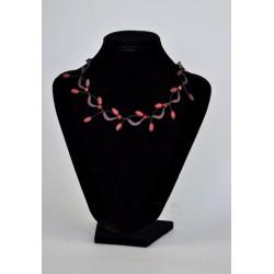 náhrdelník plesový - červený