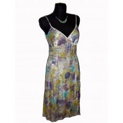 kytkované  společenské šaty