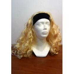 paruka na čelence - blond kudrnatá